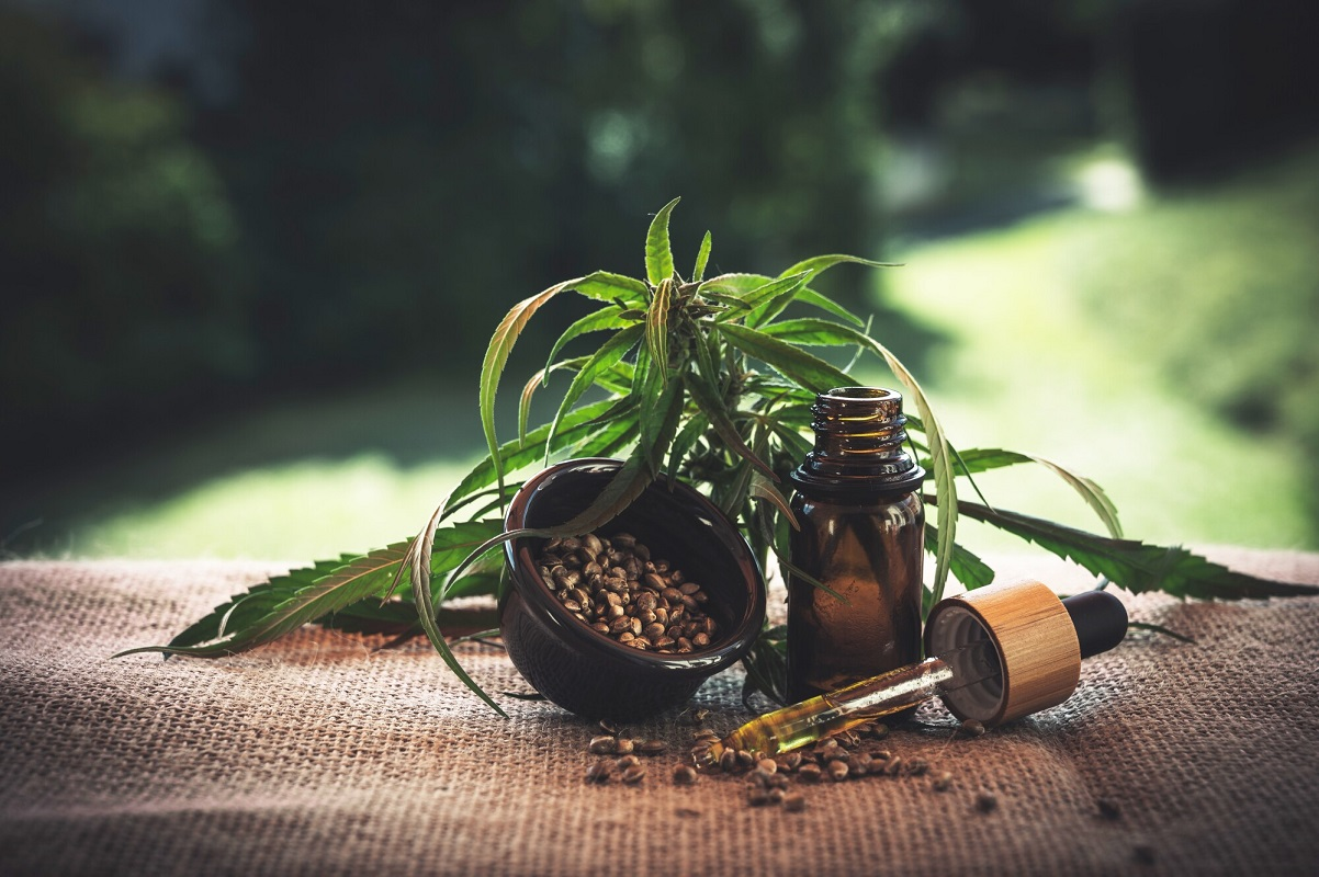 Read on to discover the pros and cons of using pure CBD extract to make the right choice for your health and budget here.