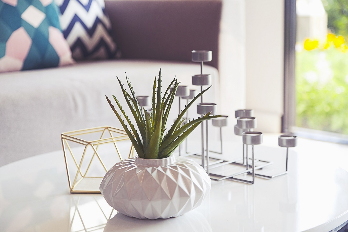 There are many different modern interior design styles but which is right for your home? We're here to help you decide with this helpful guide!