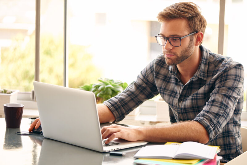 Did you know that about 59 million Americans worked in some kind of freelance capacity in the last year? Freelance work, side-hustles, working from home; these are more than just buzzwords. in 2021, people are making a success of starting their own businesses and working from home. If you're looking to earn money without the hassle of a daily commute, what do you need to know? If you're interested in learning how to make money fast, simply read on for 4 of the best ways to do so. 1. Writing If you like to read blogs or even write as a hobby, then you can cash in on your experience and make a job out of it. This is one of the best and most creative ways to makemoney from home. You can find writing mills online that'll provide you with regular work for a low fee. It's not the best place to start, but at least you'll be able to start filling up your portfolio. When you have some articles under your belt, you can move on to true freelance writing. This is where you pitch companies and write directly for them rather than through an intermediary. As a writer, you can expect to earn anything from $25-50 per 1,000 words. It's a flexible job that gives you the opportunity to express yourself through writing. 2. Sell Your Stuff If you're looking for free money, why not make a list of the belongings around the house that you don't use? Even items that you do use but could live without could be a great source of income. Once you have the list, simply look for the appropriate way to sell it. Think of how eBay,Craigslist, and other listing sites could help you. 3. Re-Sell Items Another way to make easy money is through the buying and selling of popular brand items. Think for a minute of the bargains that you can pick up in outlet stores or shops such asT.J. Maxx and Ross Dress for Less. Simply take these brand name bargains and then make them available at a higher price in your online store. Following the turbulent economic year that was 2020, many people are looking to buy great