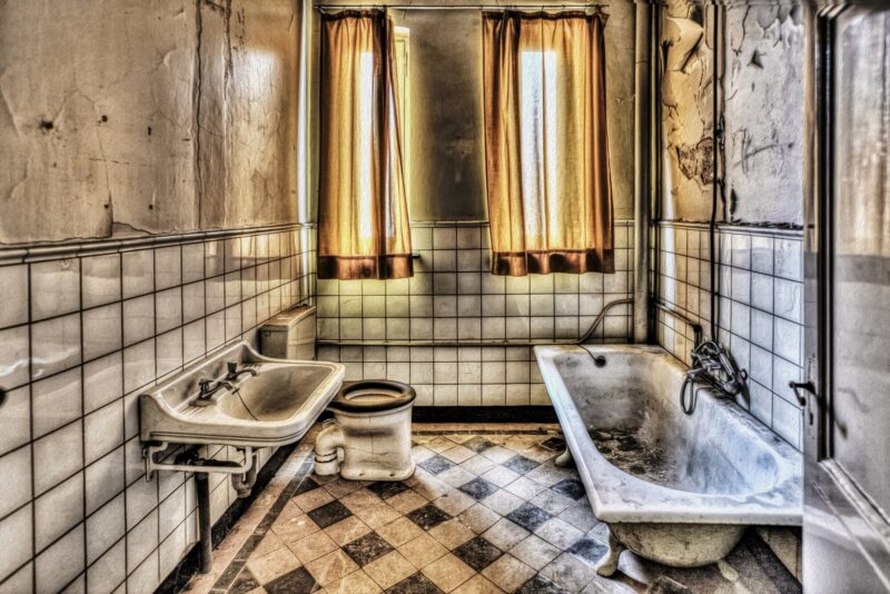 Is your bathroom in need of a makeover? Look for these seven signs of a sad, outdated bathroom, plus learn how to decorate and renovate so it looks good-as-new!