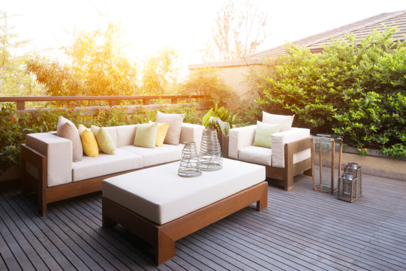 An outdoor space can be your private paradise if you truly desire so. Read on to learn how to create a cozy outdoor space here.